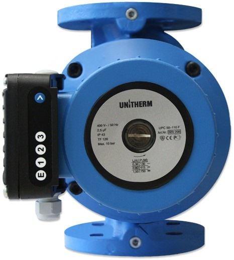 Циркуляционный насос Unitherm UPC 80-60 F с фланцовым Циркуляционные<br>- Холоднокатанный ротор изготовлен по уникальной <br>технологии без использования сварки <br>- Механическое 3-ступенчатое регулирование <br>частоты вращения <br>- Корпус насоса из серого чугуна <br>- Корпус мотора из алюминия <br>- Проходное сечение от 40 мм до 100 мм, фланцевое <br>присоединение (4 отверстия) <br>- Рабочее колесо из технополимера <br>- Прочный вал из нержавеющей стали с упорным <br>подшипником из графита, смазываемом перекачиваемой <br>жидкостью <br>- Долговечная и бесшумная работа насоса <br>благодаря прочным графитовым подшипникам <br>с низким коэффициентом линейного расширения <br>- Возможность выбора одиночного или параллельного <br>режима работы (для UPC...FD) <br>- Рабочие жидкости — питьевая и техническая <br>вода, водогликолевые смеси до 50%, маловязкие, <br>неагрессивные, невзрывоопасные жидкости <br>без твердых и маслянистых примесей <br>- Низкий уровень энергопотребления<br>